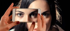 Samsung's vs Apple's face recognition technologies – and how they have been fooled